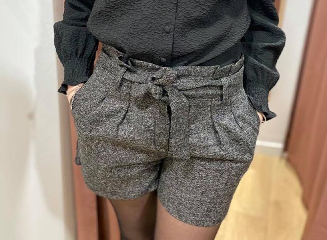 Vente de pantalons et de shorts à Carvin